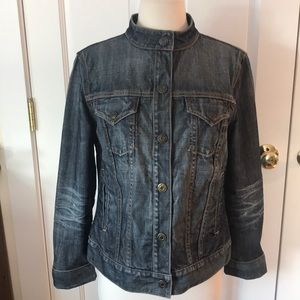 Distressed gap jean jacket medium